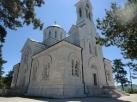 Het 'mooiste' gebouw in Niksic: de kerk bij de begraafplaats