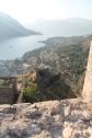 Uitzicht over de indrukwekkende fortificaties