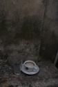 Dit kom je overal op straat tegen: achtergelaten koffiekopjes. Bosniërs en hun koffie...