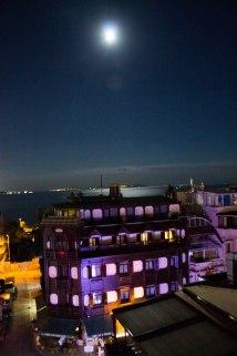 Maneschijn over de Bosphorus